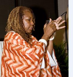 Amshatar Ololodi Monroe